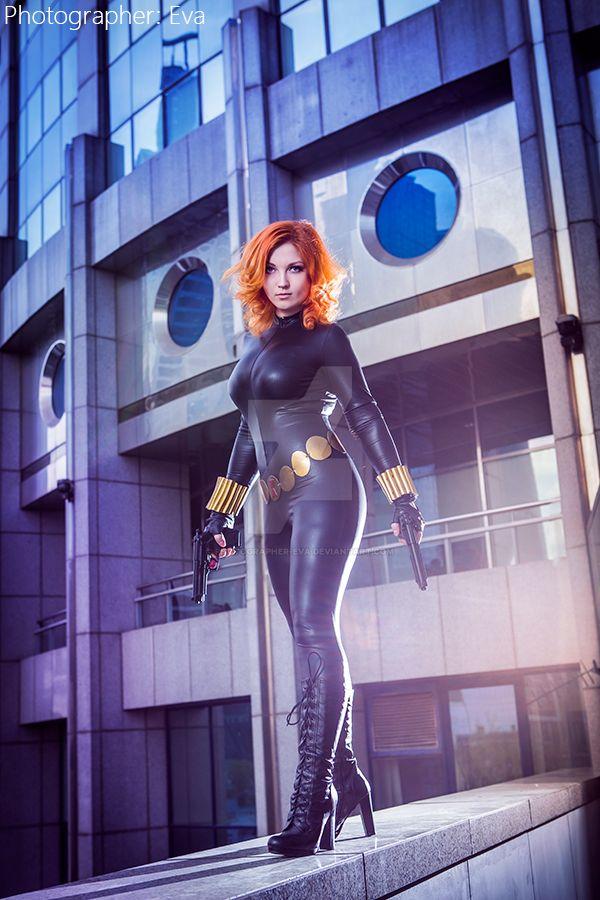 Black Widow by photographer-eva
