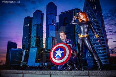 Avengers.  Captain America, Black Widow