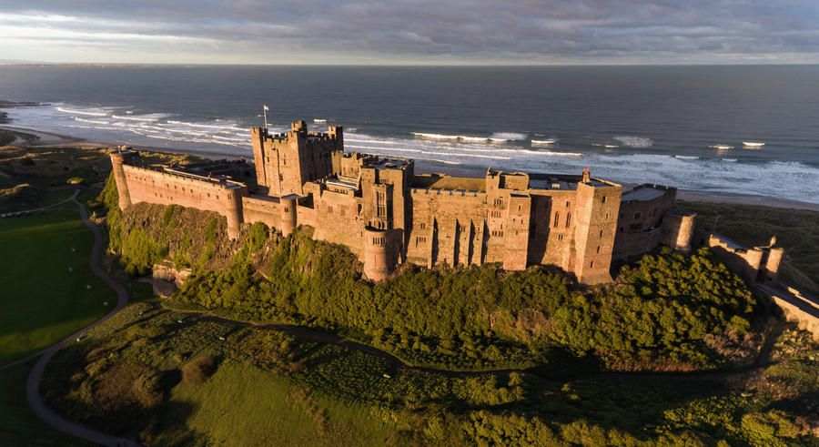 Bamburgh Castle by scotto