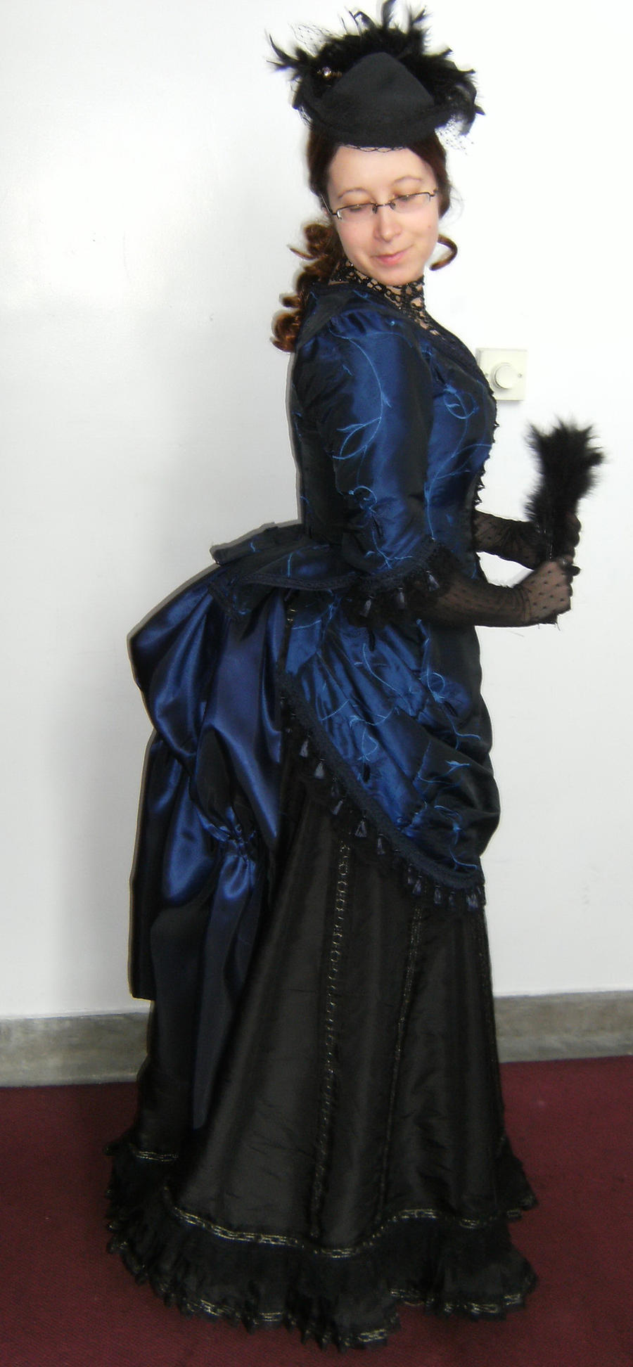 Costumes Victorian Bustle Dress Gowns 1900 Reenacting dress andVictorian Bustle