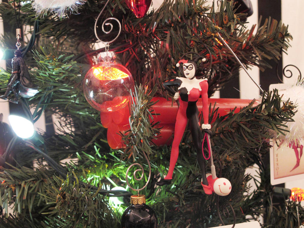 Harley Quinn Holiday tree 2 by Lady-Ha-ha on DeviantArt