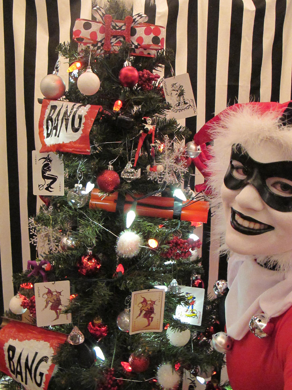 Harley Quinn Christmas Tree 13 by Lady-Ha-ha on DeviantArt