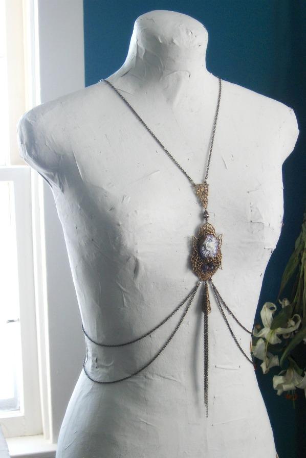 indira body chain worn by JuleeMClark