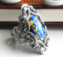 gold leaf in silver by JuleeMClark