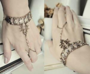 Laurel Bracelet by JuleeMClark