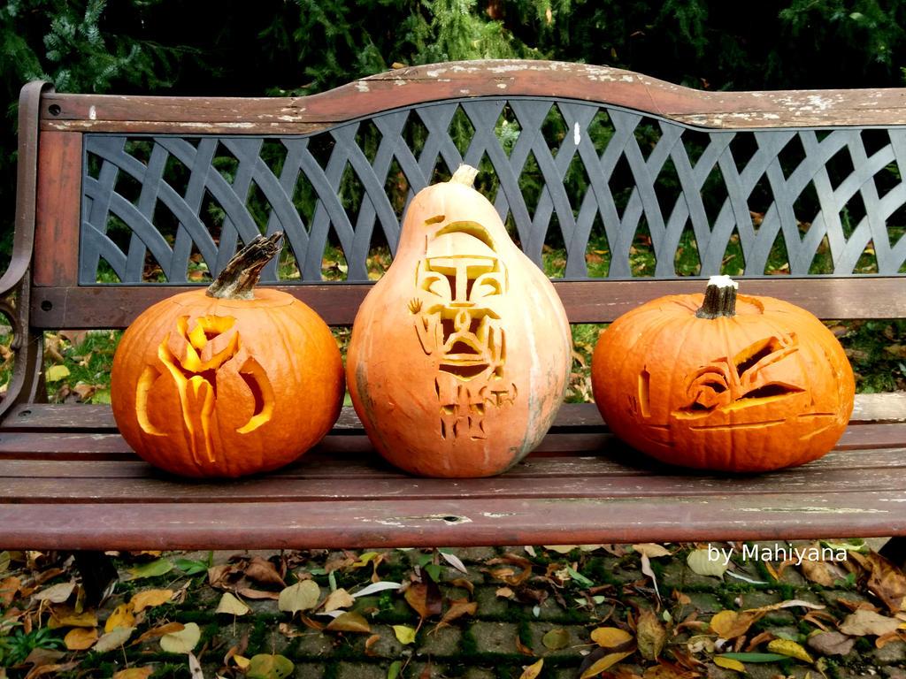 https://img00.deviantart.net/1e23/i/2016/304/6/7/star_wars_hallowen_pumpkins_by_mahiyanacarudla-damtbih.jpg