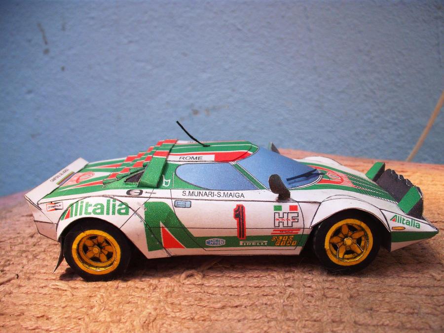 Lancia Stratos papercraft by christopherdepaula