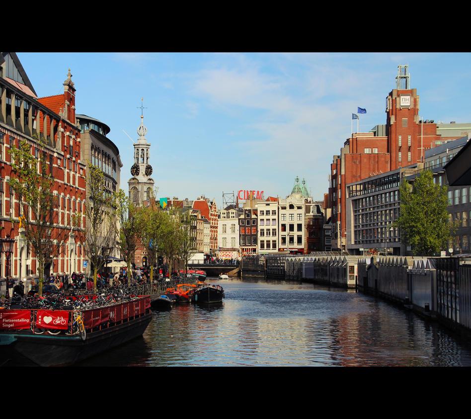 amsterdam_by_laminimouse-d8u7iko.jpg