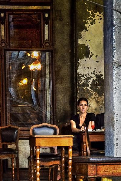 Venice Street Scene by mjbeng