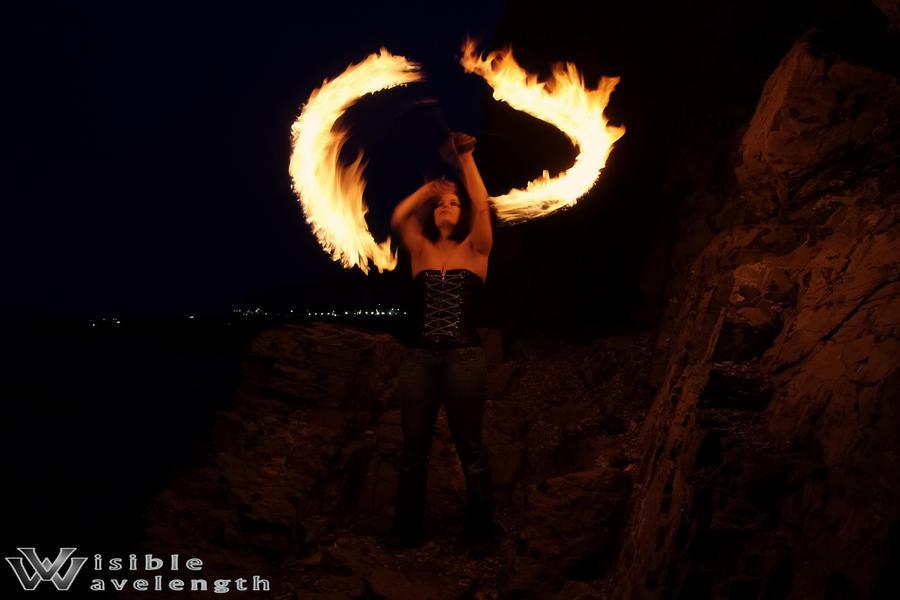 http://fc09.deviantart.net/fs71/i/2011/066/4/9/fire_halo_by_lilirishrose-d3b5fks.jpg