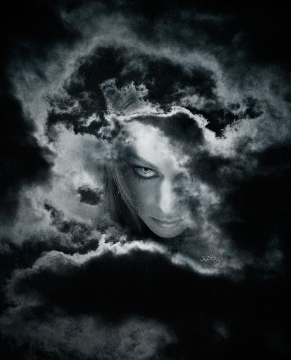 In the eye of the moon by Elvazur
