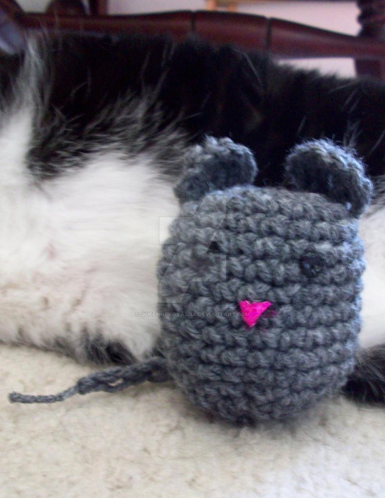 Amigurumi Mouse Cat Toy : Amigurumi Mouse Cat Toy by QueenNekoyasha on DeviantArt