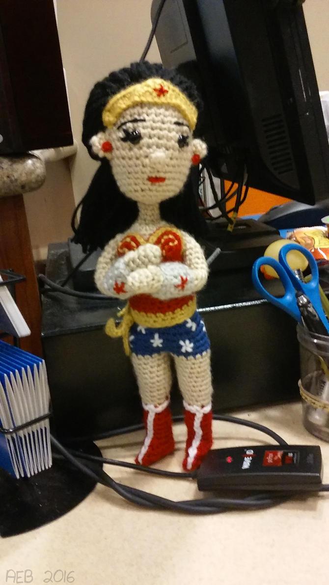 Amigurumi Wonder Woman : Amigurumi Wonder Woman by QueenNekoyasha on DeviantArt