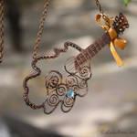 Pendant Oak guitar
