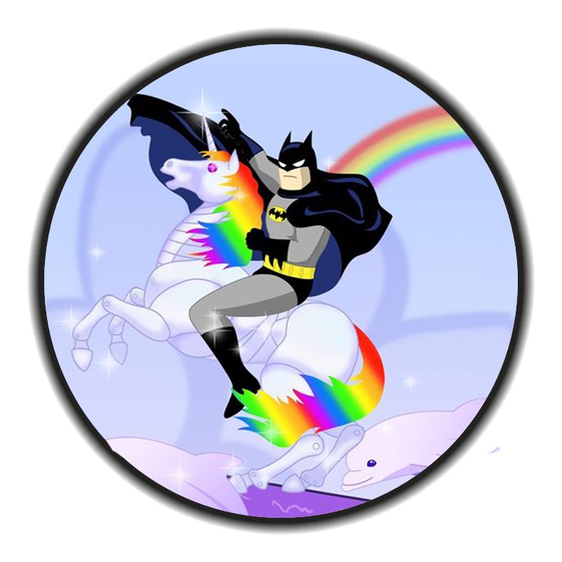 Cacahuete ♦ Venez si vous le voulez - Page 2 Batman_unicorn_rainbow_dolphins__by_babs9-d5u3eak