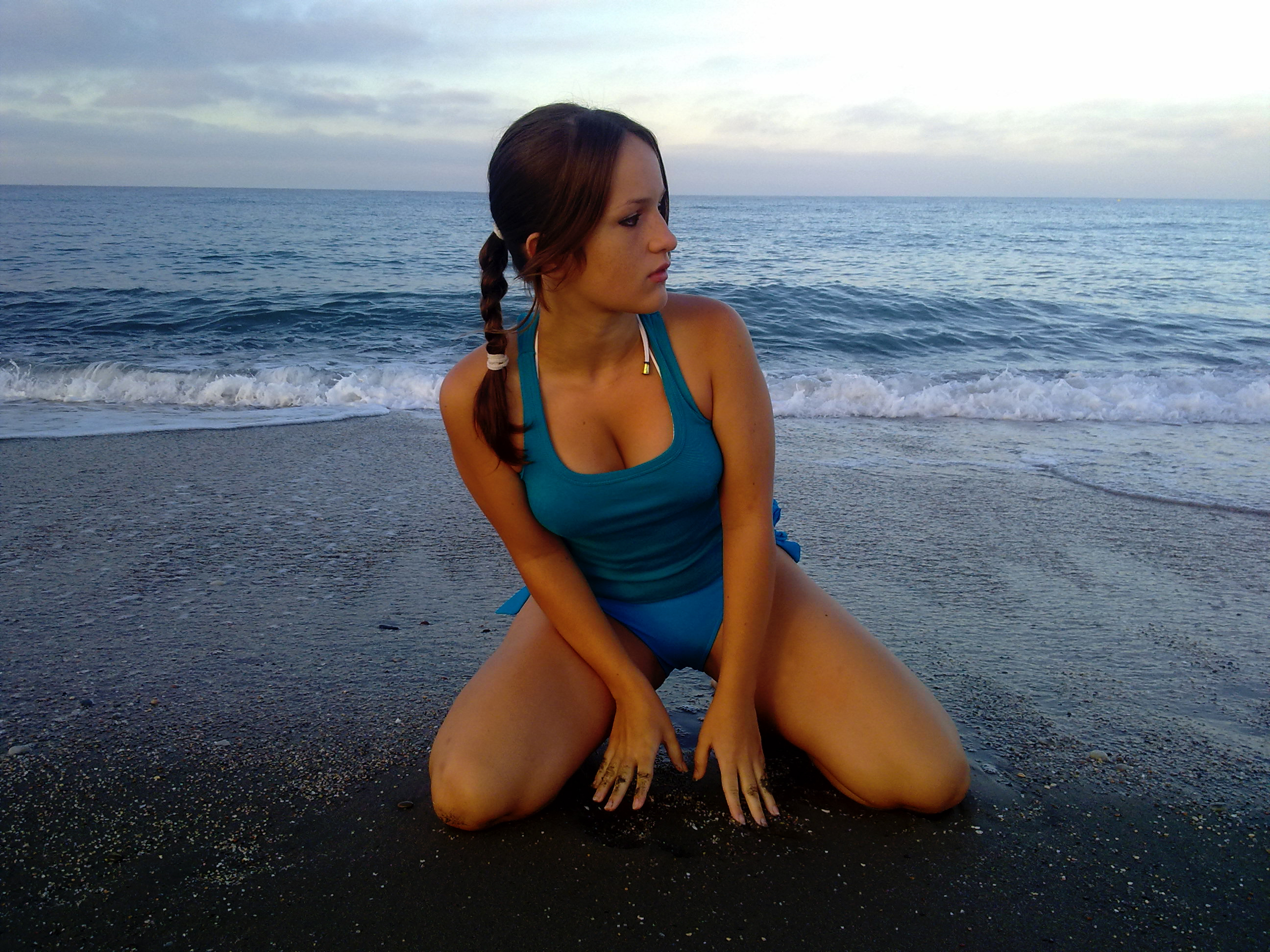 Lara Croft on the beach by Val-Raiseth