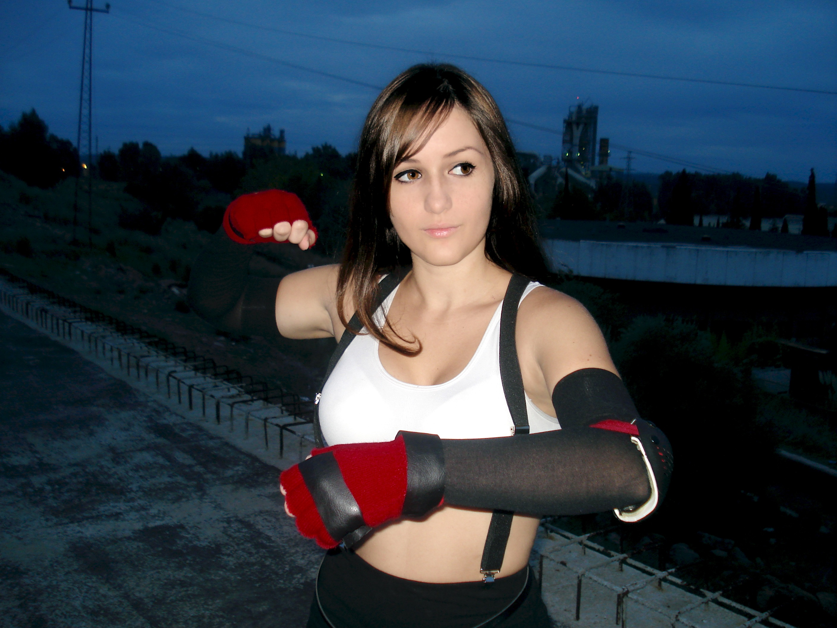 Tifa ready for battle by Val-Raiseth
