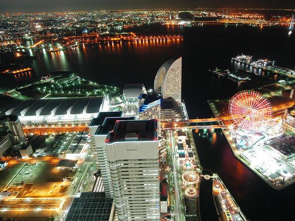 http://fc04.deviantart.com/fs16/i/2007/204/a/8/Japan_by_ESED.jpg