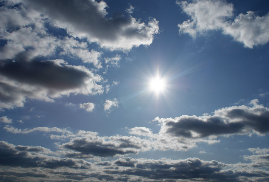 bright sun by heyla-stock