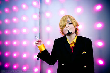 Smooth Sanji ONE PIECE Cosplay at Animazement 16 by LilithScream