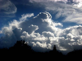 Clouds by Miandre