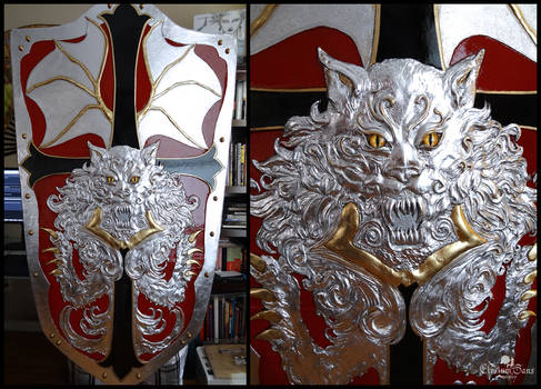 Alucard's Shield: Gilded, painted and varnished!