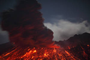 1-CATERS-Lightning-Volcano-Eruption-03-JPG 184136 by Colonelengle