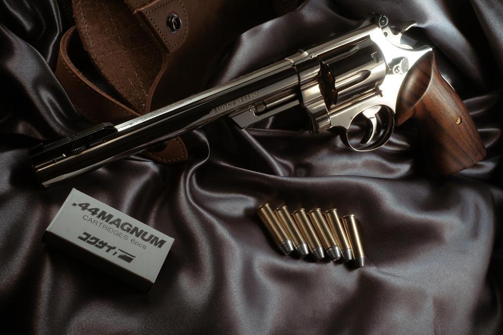 Kokusai SW M29 Eaglegrips Rosewood target by AldgerRelpa