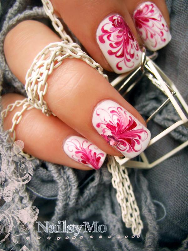Nail arts Phoenix_by_nailsymo-d3csyo9