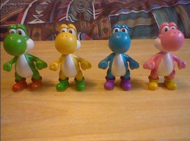 colored yoshi figures by KoopshiKingGeoshi