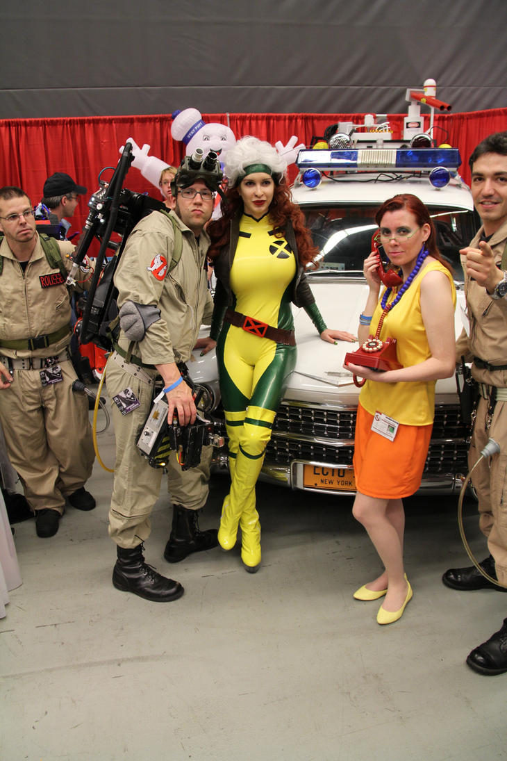 ariane saint amour cosplay Comiccon 2013 by Ariane-Saint-Amour