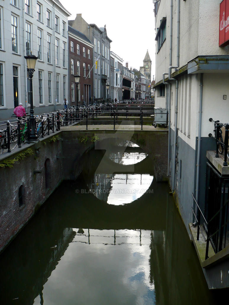 Canals of Utrecht by bladit