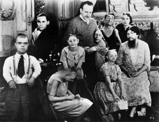 Freaks (1932) by NotRightInTheHead74
