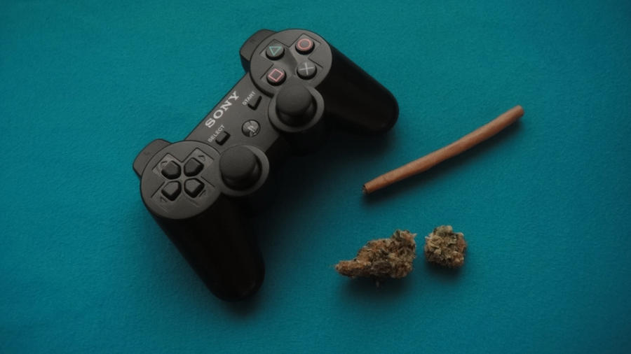 weed and gaming