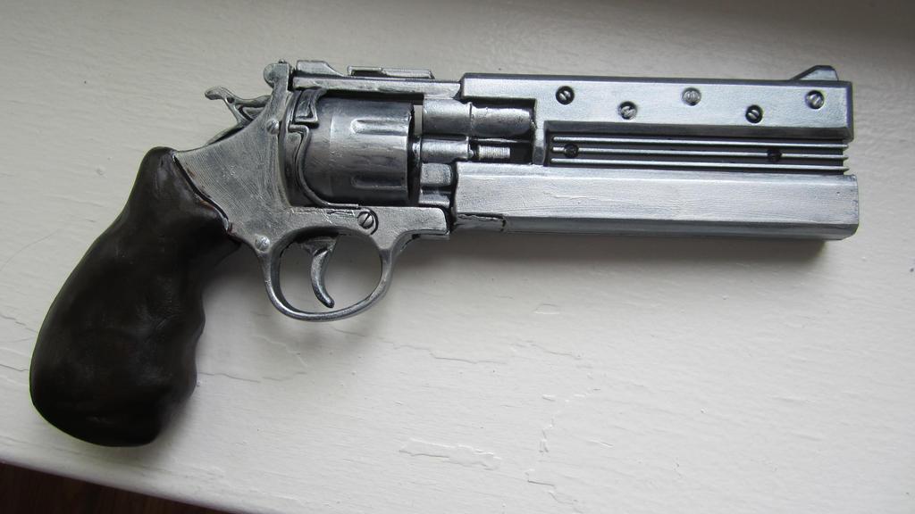 Steampunk Revolver Mark II (backside) by echo-mlb on DeviantArt