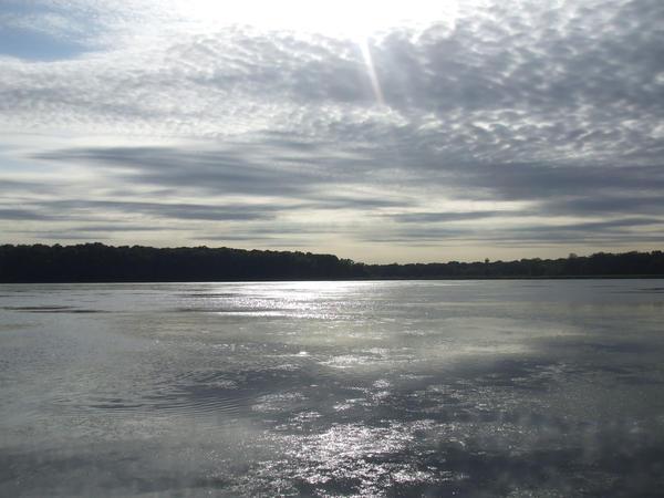 Lake Independence by k-ee-ran