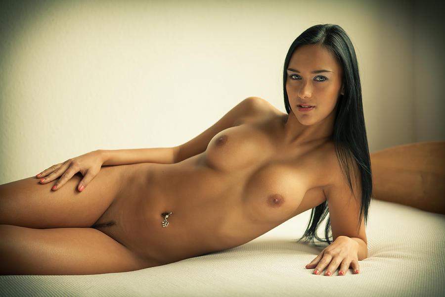 Фото совсем голых девушек 65128 фотография