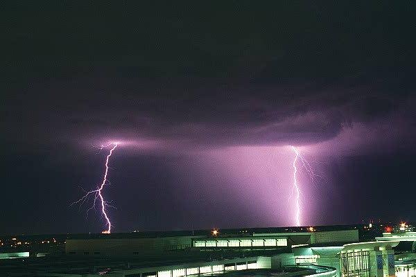 Lightning over Florida by botsmaker