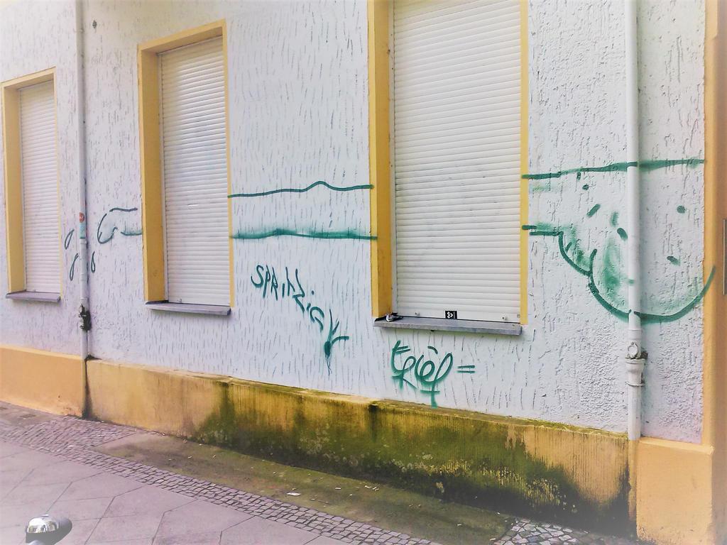 01534 by berlinermauern