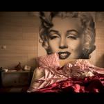 Marilyn et draps froisses