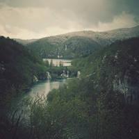 Plitvice Jezera II by siamesesam