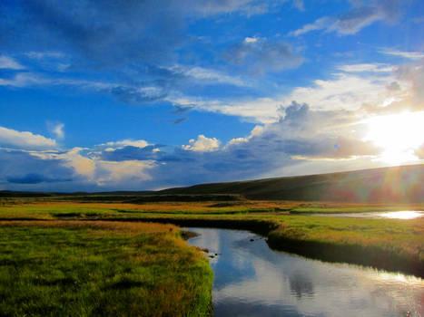 Yellowstone Sunset Background
