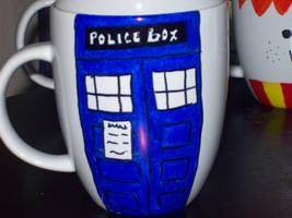 Police Box by paranoiapanic