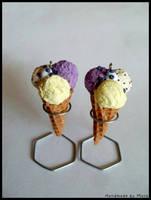 blueberry, stracciatella and vanilla ice cream by Maca-mau
