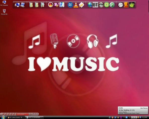 my desktop by ruxi27