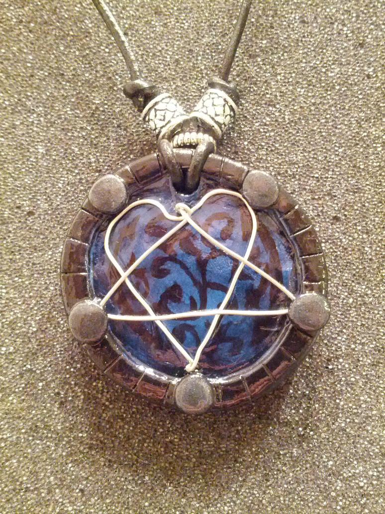 Heartagram pendant by shinfoosh on deviantart heartagram pendant by shinfoosh aloadofball Choice Image