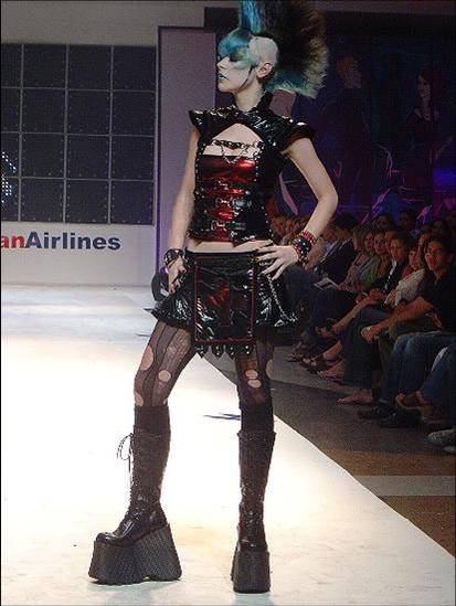 Fashion week Caracas 2006 3 by Antraxlab