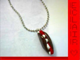 pluginbaby05- eclair necklace