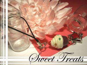 Ashuii- Sweet Treats