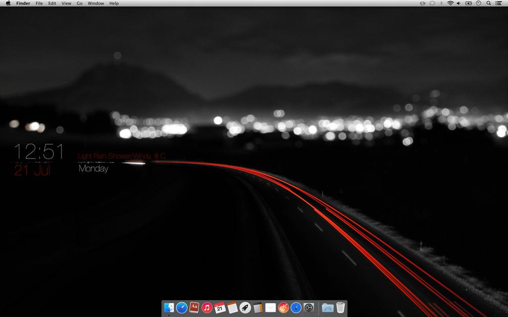 Dark Themed Mac Desktop by NerdBrat
